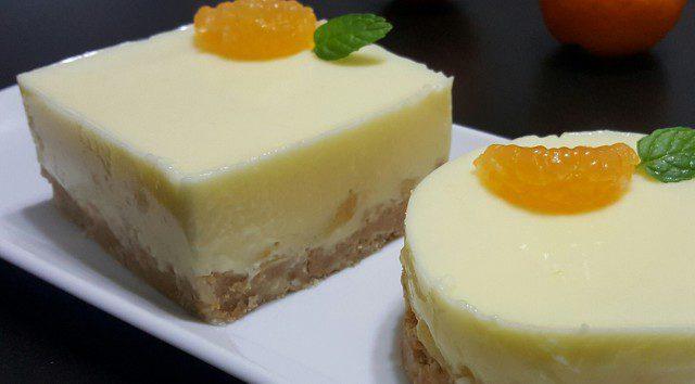 Kolači sa kiselim mlekom i sokom od mandarina