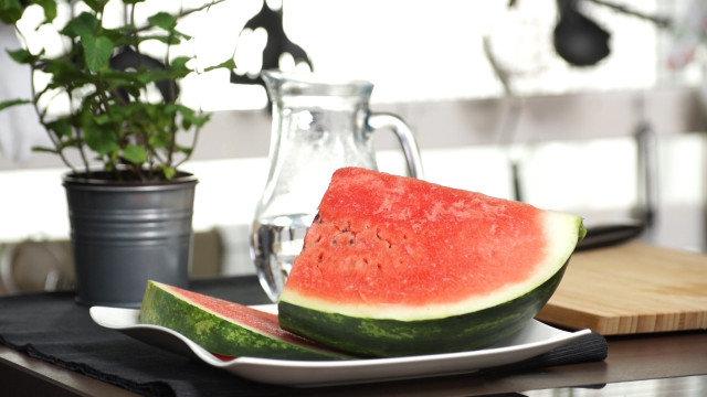 Bezalkoholni Mohito sa lubenicom