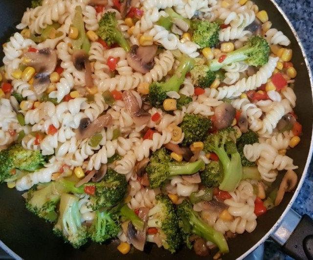 Fusili testenina sa brokolijem